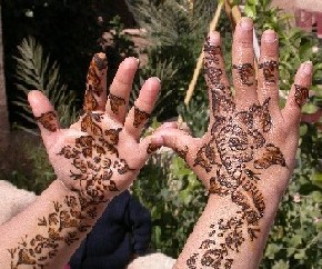 Henna tatoo in El Khorbat, near Tinghir, Morocco.